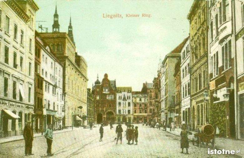 Mały rynek w 1910 r.