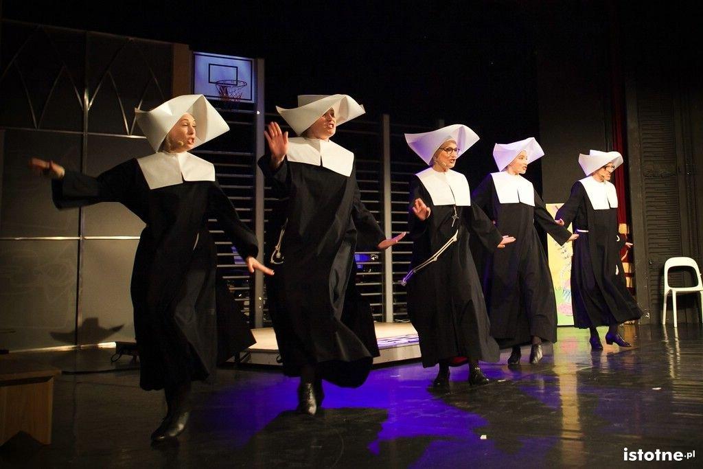 Spektakl Siostrunie