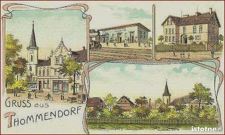 Pocztówka z 1908 r. prezentuje kościół, przystanek kolejowy, szkołę i panoramę