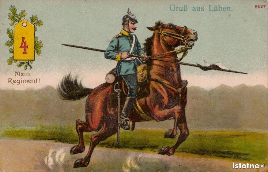 Żołnierz 4 regimentu dragonów na widokówce z początku XX w.