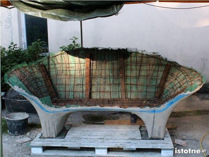 Ceramiczna ławka