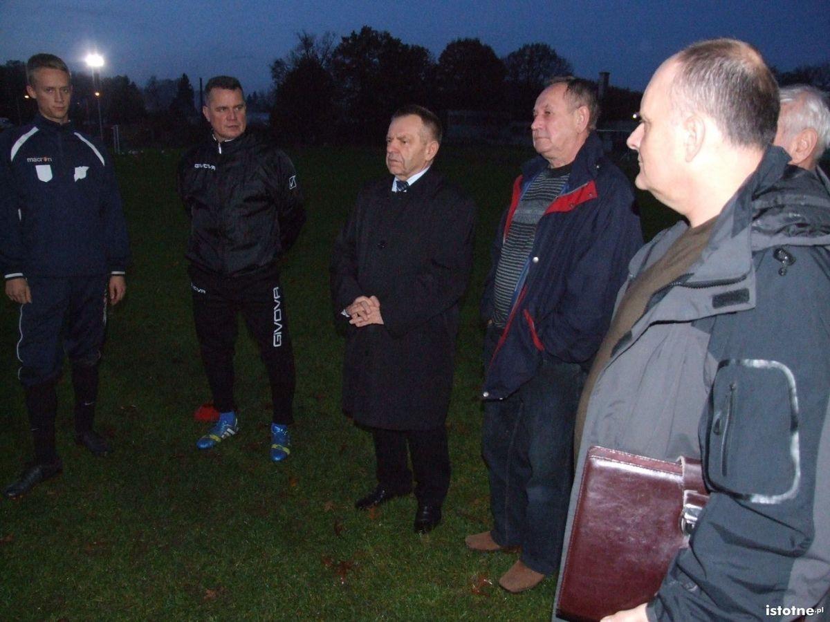 Stanisław Chwojnicki odwiedził piłkarzy BKS na treningu