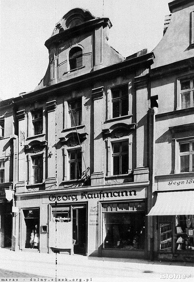 Kamienica przy ulicy Chojnowskiej w pierwszej połowie XX w.