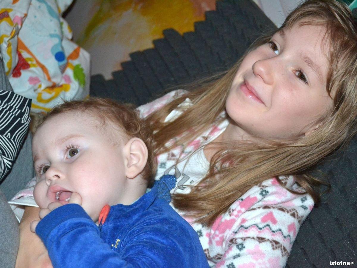 Ania Mularczyk z kuzynem Janeczkiem