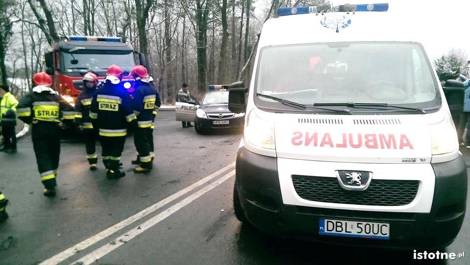 Dwie osoby ranne po zderzeniu w Osiecznicy