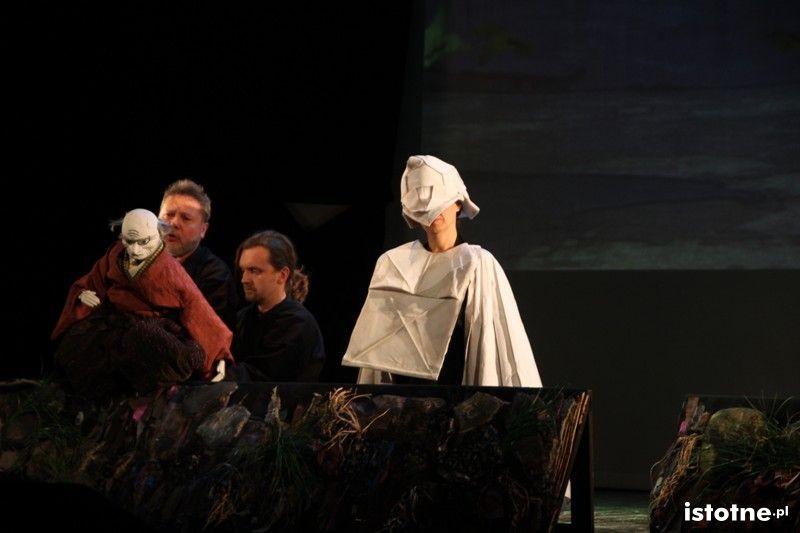 Królewski Wróbel w Forum