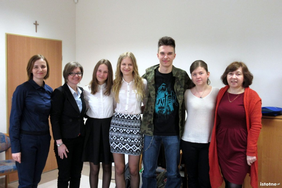 Teresa Hryńczak i Anna Izba oraz Agata Dydak, Julia Fulczyńska, Tomislav Pranić i Paulina Owerko