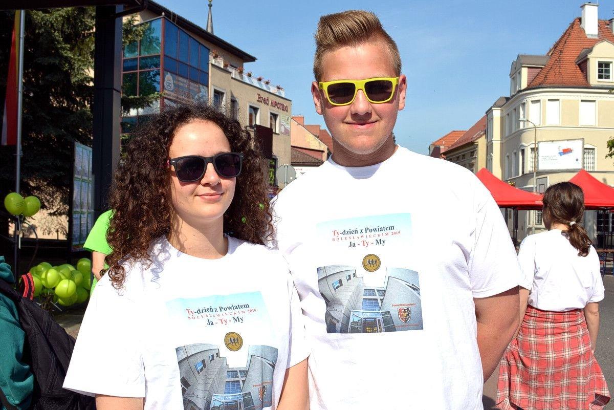 W organizację imprezy włączyli się m.in. Maja Szocińska i Kacper Szwed z I LO z-index: 0