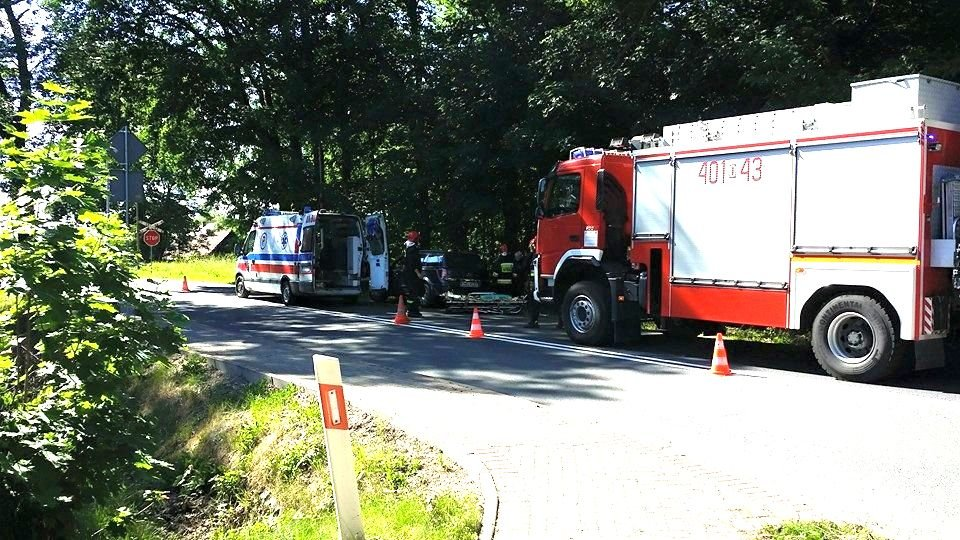 Wypadek w Osiecznicy - dwie osoby ranne