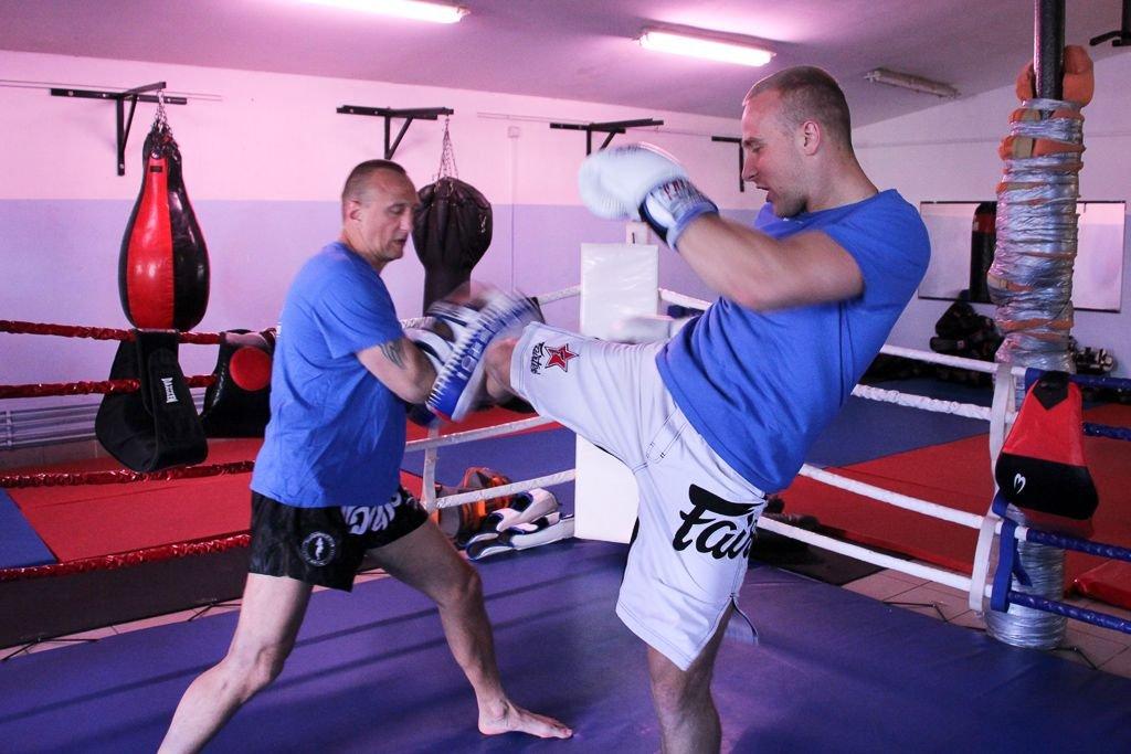 Dominik Zadora z ojcem Tomaszem Zadorą podczas treningu
