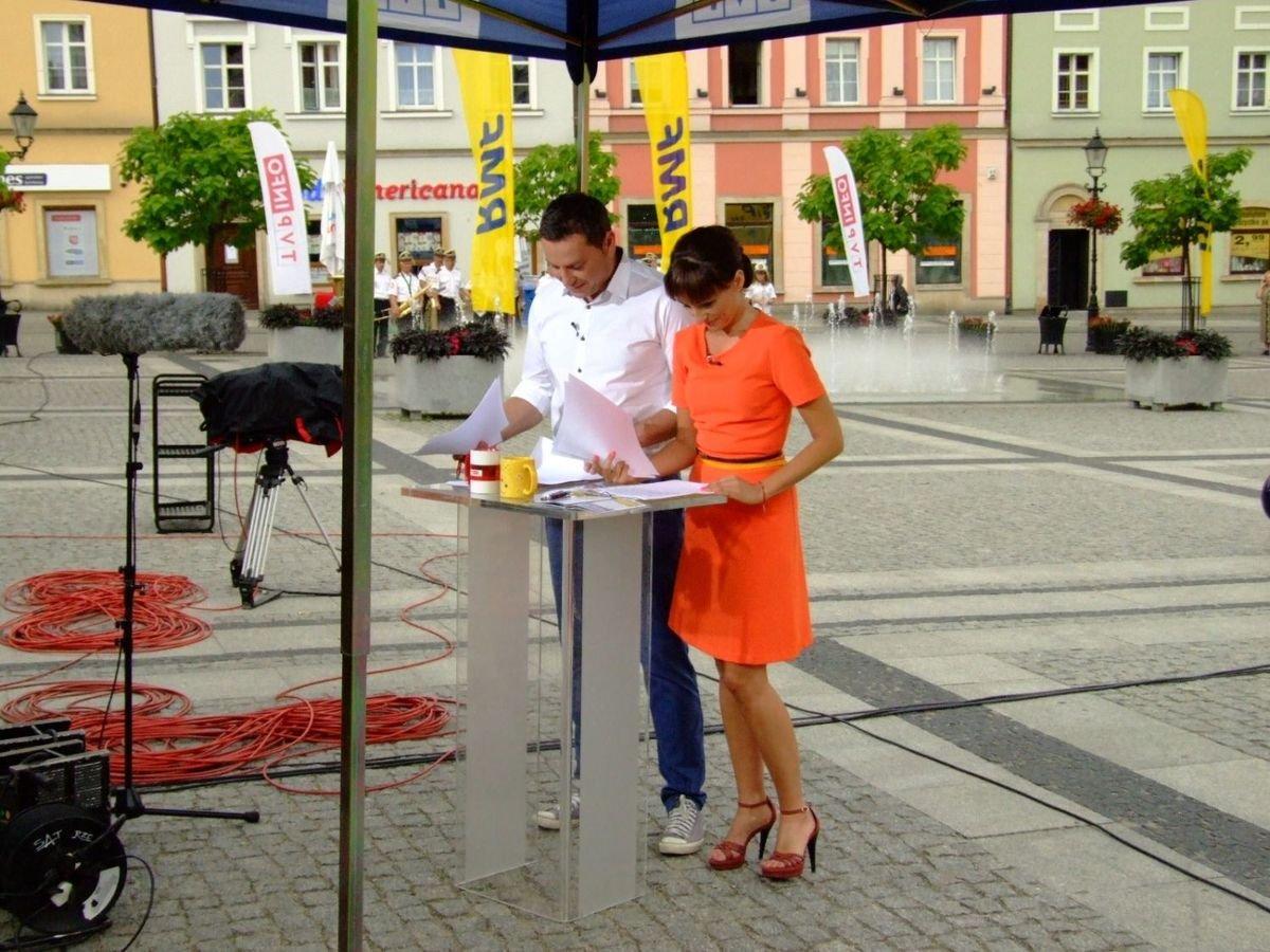 Michał Adamczyk (TVP Info) i Magdalena Wojtoń (RMF FM)