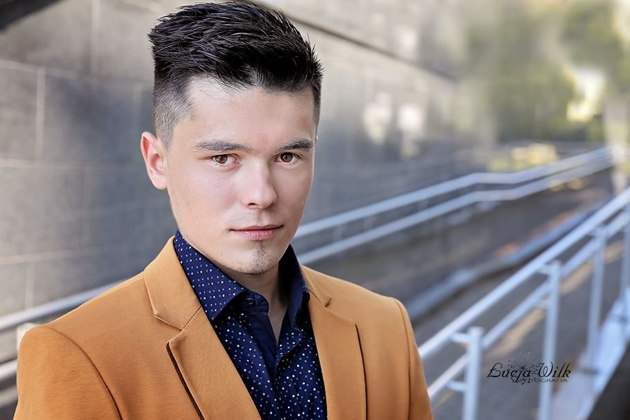 Paweł Wilk lat 20