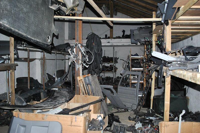 Rozbierali na części samochody kradzione w Niemczech