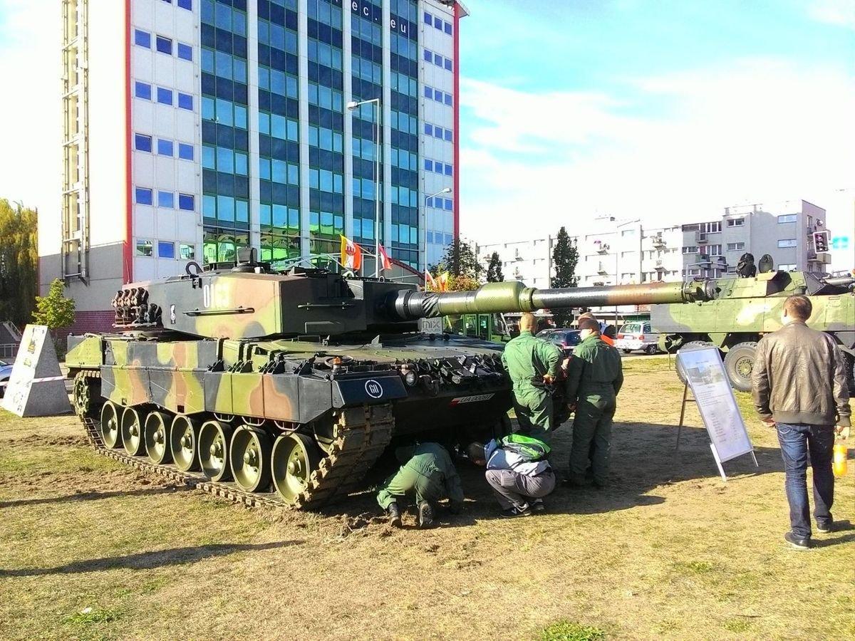 Pokaz sprzętu wojskowego
