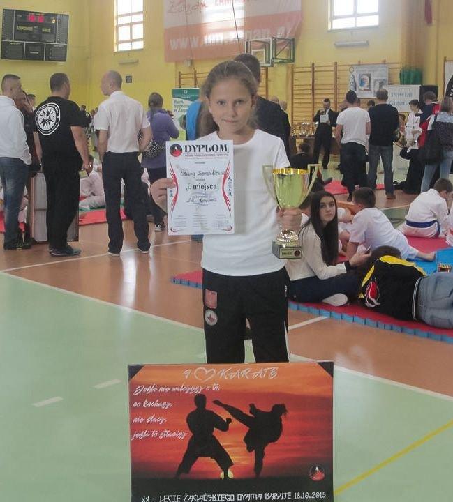 Gladiatorka Oliwia Ziembikiewicz z Pucharem Polski Zachodniej