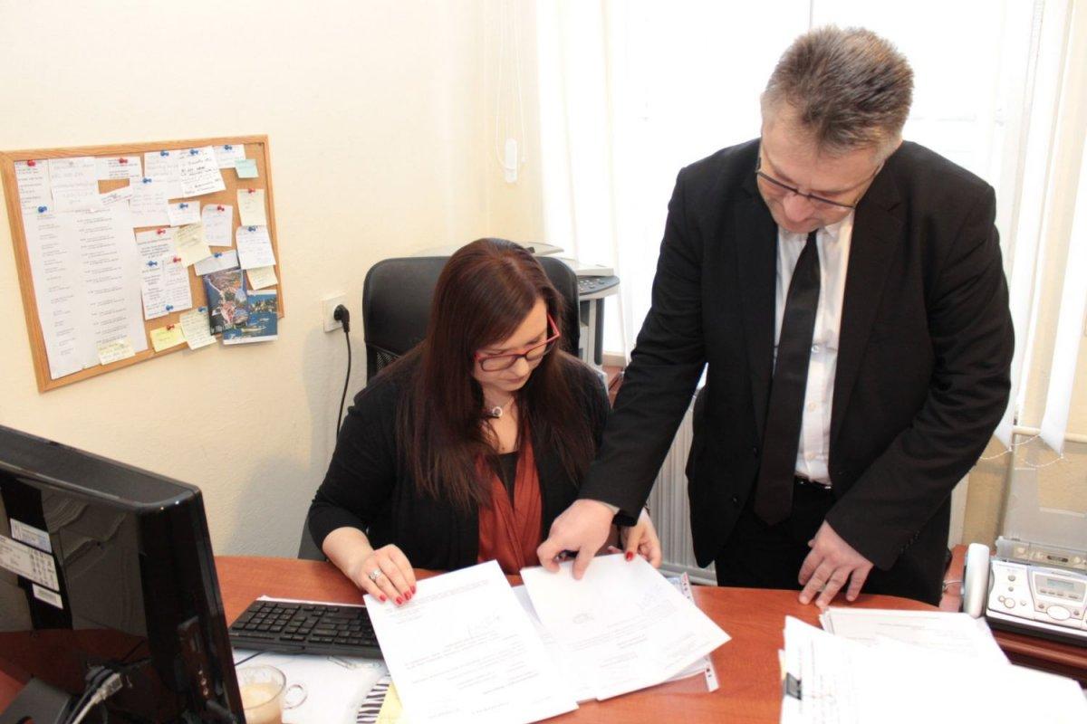 Biuro Ronin - Zbigniew Zawada