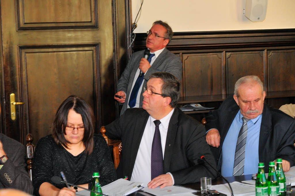 Radni jednogłośnie przyjęli budżet Bolesławca na 2016 r.