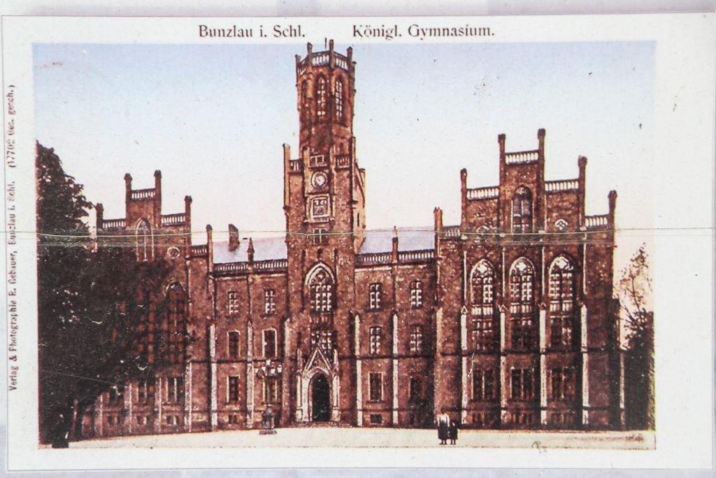 Sąd Rejonowy w Bolesławcu na starej fotografii