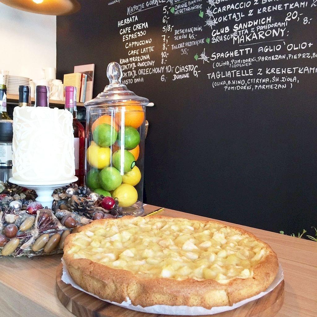 Domowe ciasto z jabłkami z-index: 0
