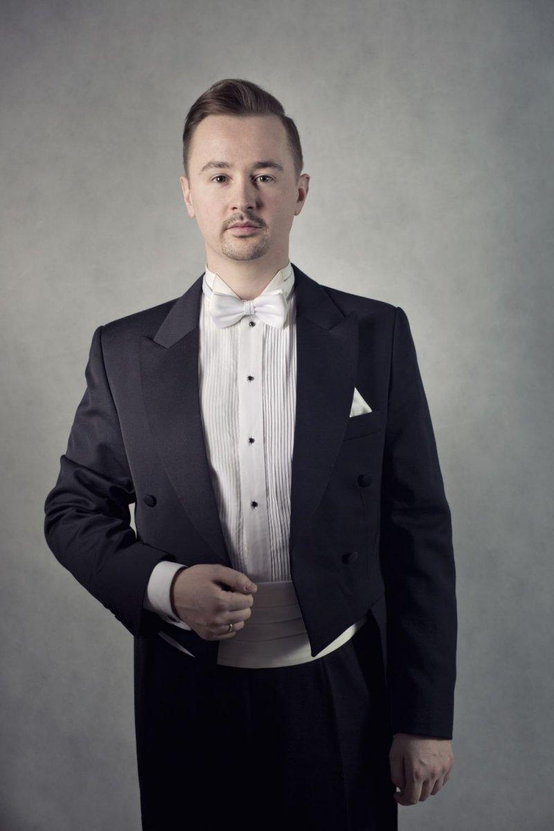 Jędrzej Tomczyk, tenor, który wystąpi w Bolesławcu na koncercie w Foum