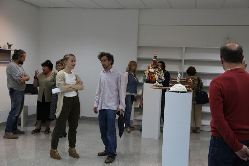 """Wernisaż wystawy rzeźb ceramicznych """"Kamionka I. Dzięki wsparciu artysty"""""""