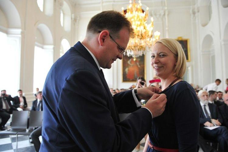 "Anna Lisiak nagrodzona medalem ""Pro Patria"""
