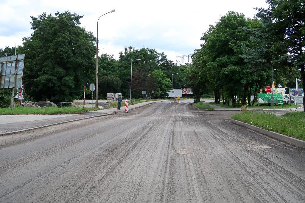 Remontowana ulica Wesła przy straży pożarnej