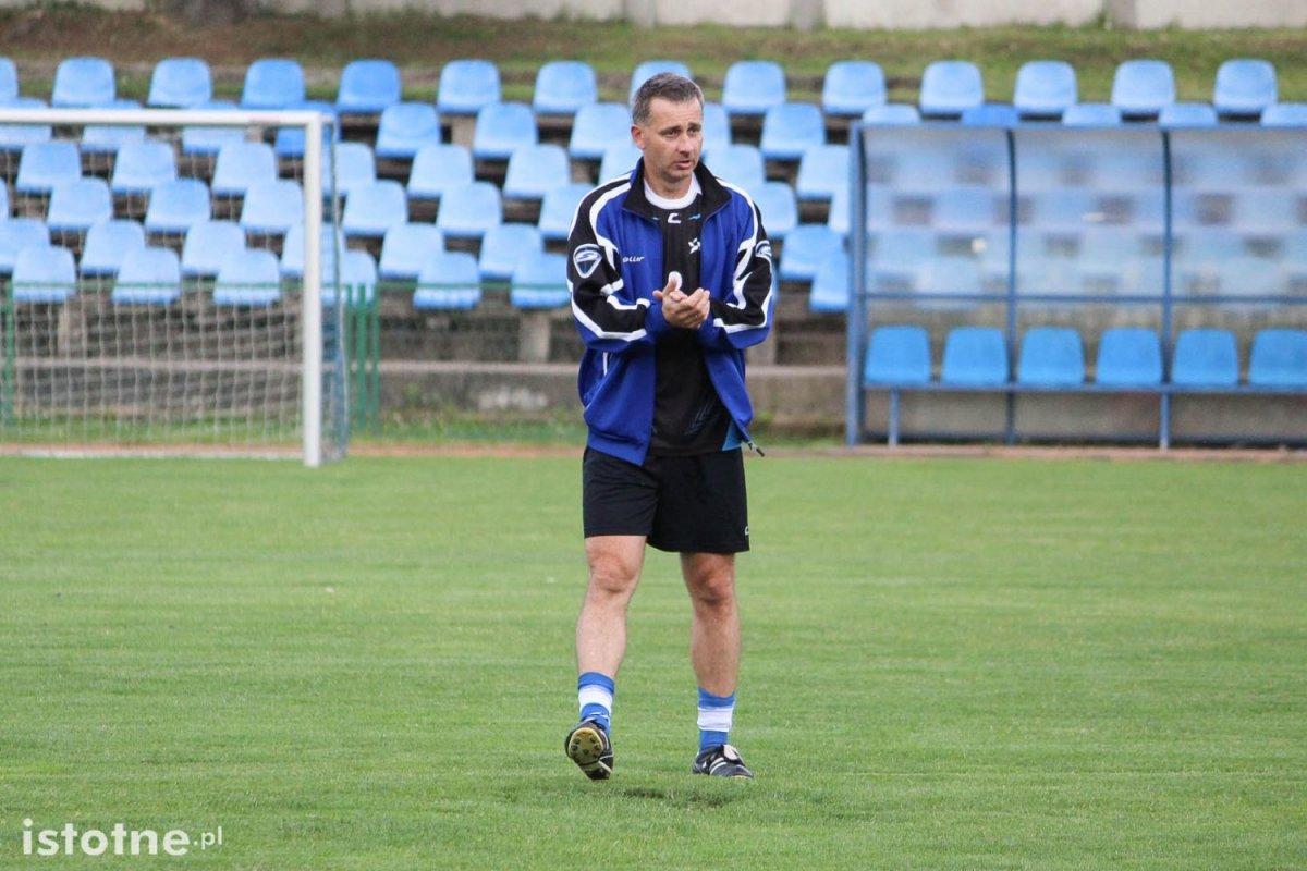 Trener Tomasz Fulczyński zaciera ręce przed treningiem :-)