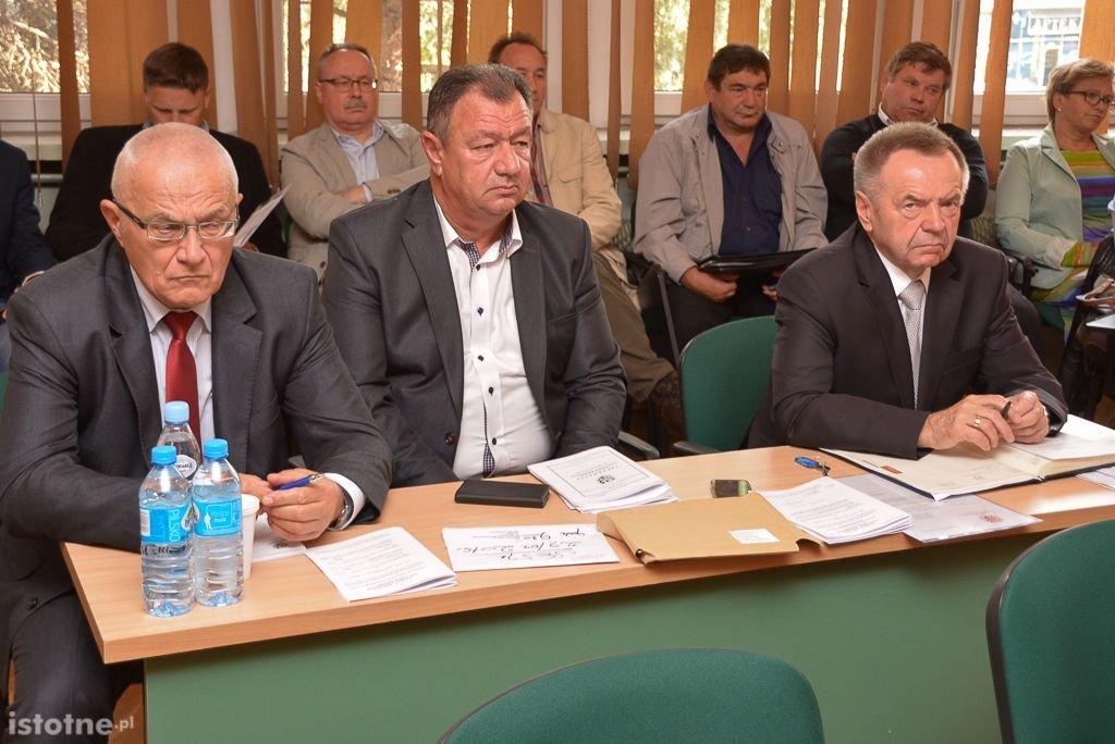 W środku: Zbigniew Mitera
