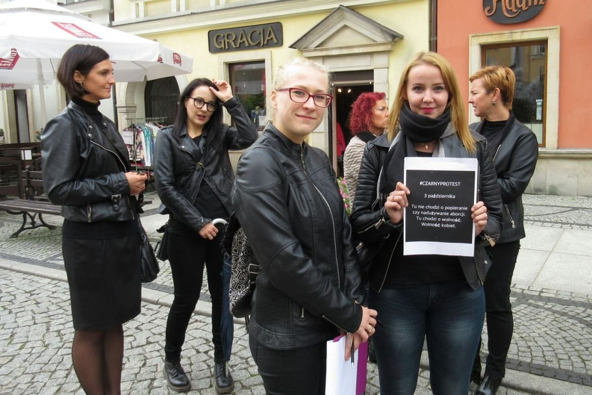 Czarny protest na bolesławieckim rynku