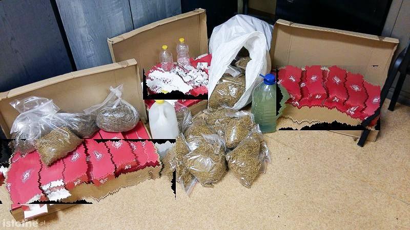 Wpadł z nielegalnym tytoniem i marihuaną. Straty Skarbu Państwa oszacowano na 116 tys. zł