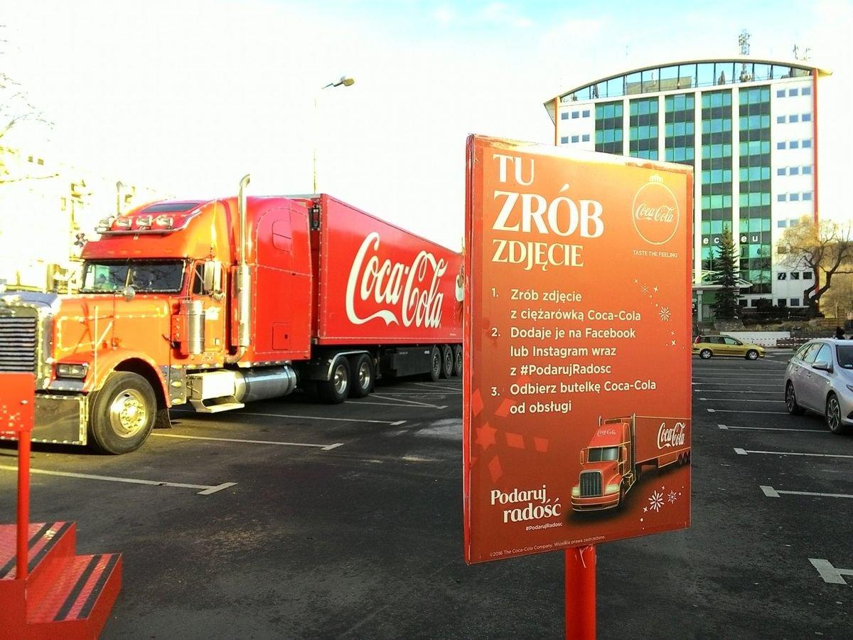 Ciężarówka Coca-Coli w Bolesławcu