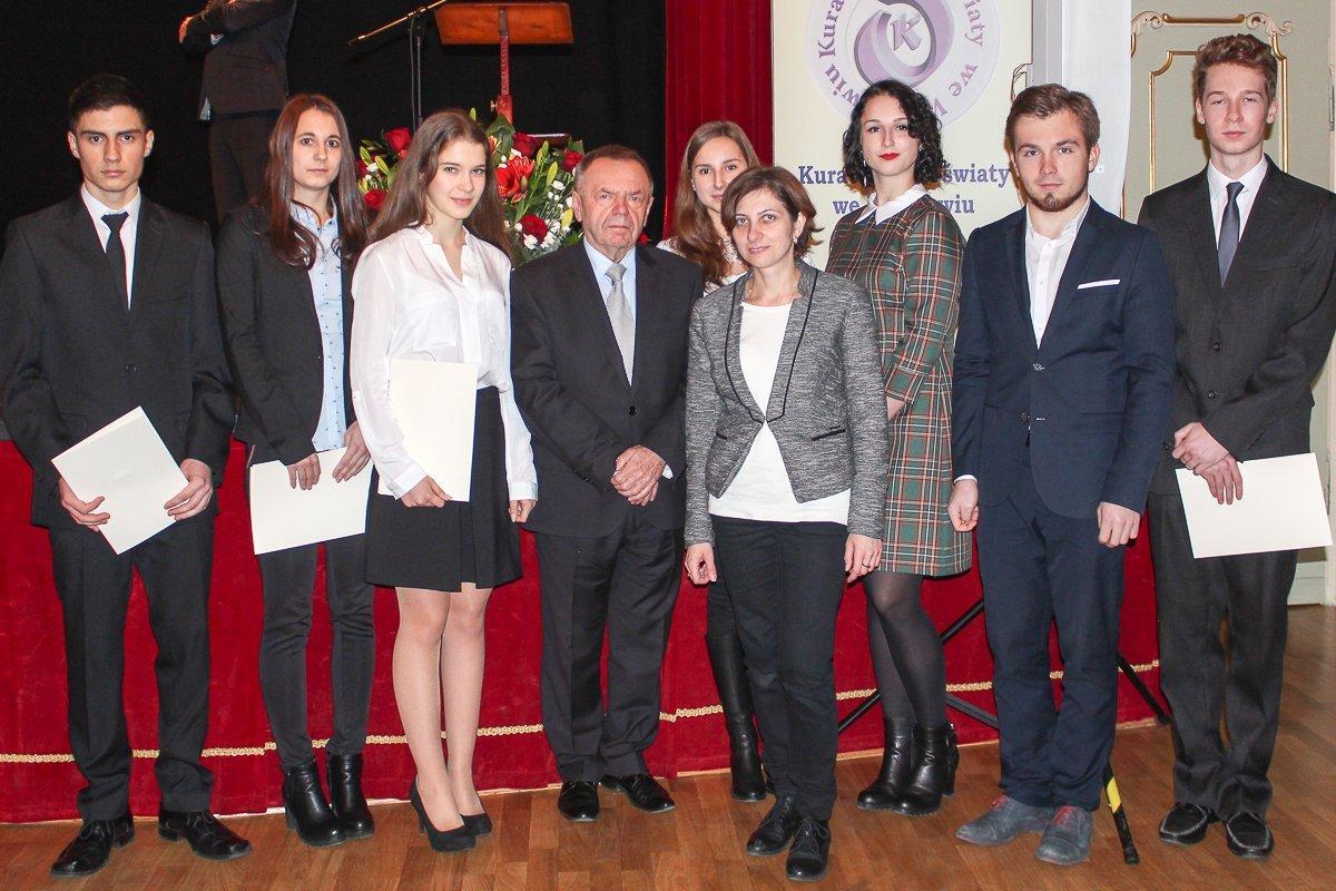Uczniowie powiatowych szkół docenieni przez premier Beatę Szydło