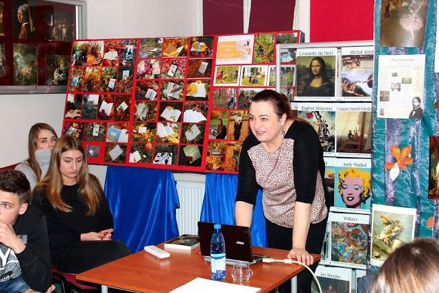 Biblioteka szkolna ZSOiZ gościła Grażynę Hanaf
