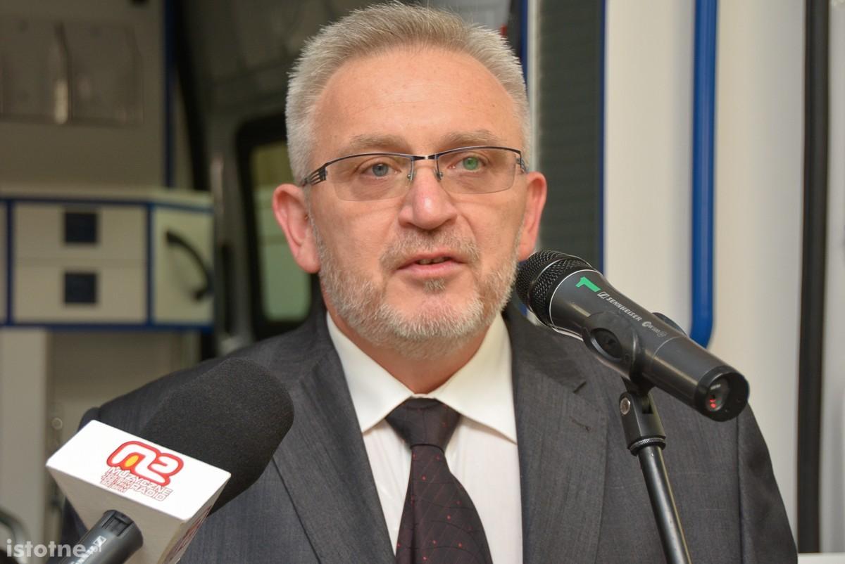 Bolesławiecki szpital z nową karetką z-index: 0