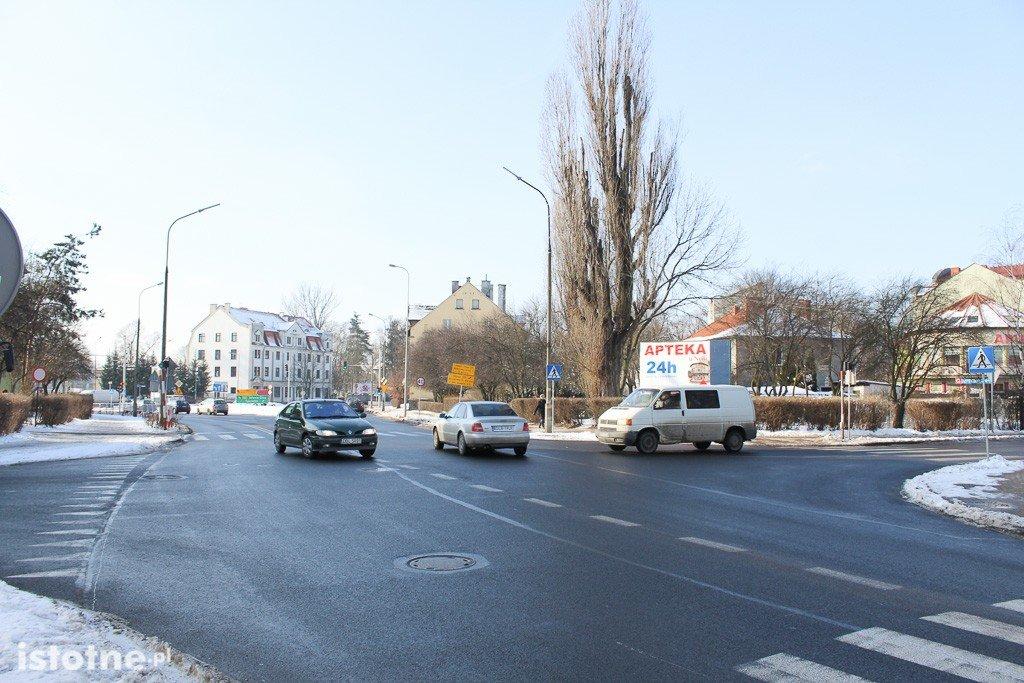 Skrzyżowanie Dolne Młyny-Wesoła (koło straży pożarnej) z-index: 0