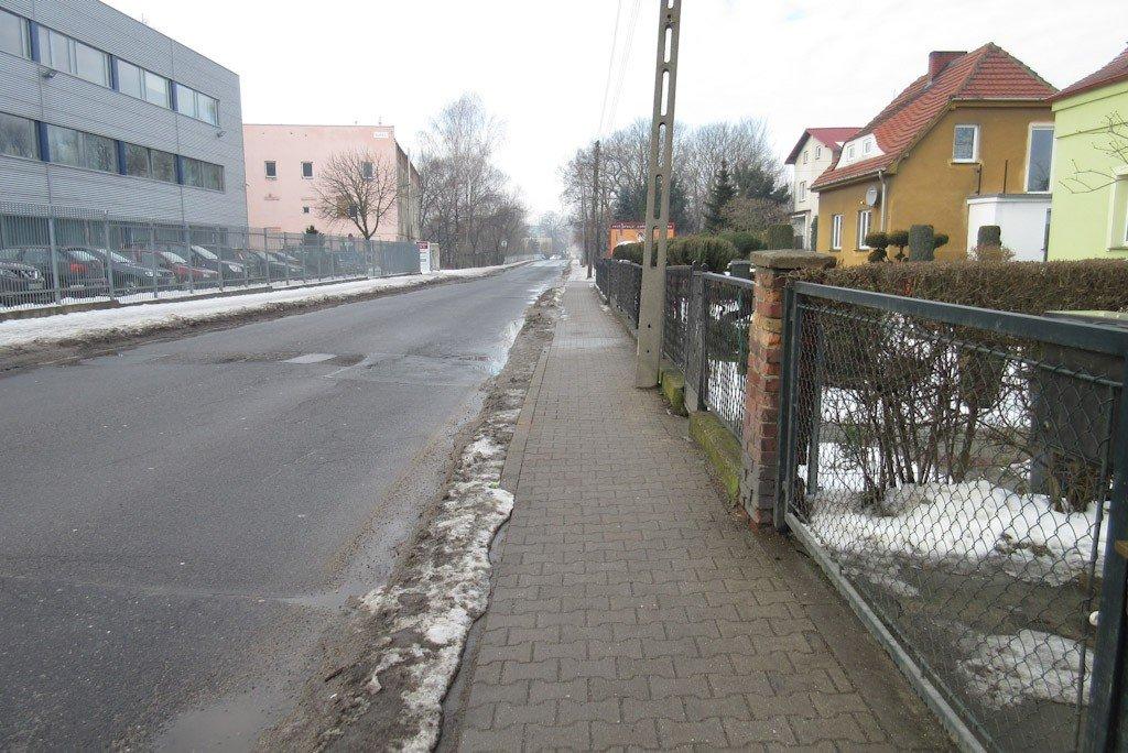 Dwa chodniki przy ul. Mostowej