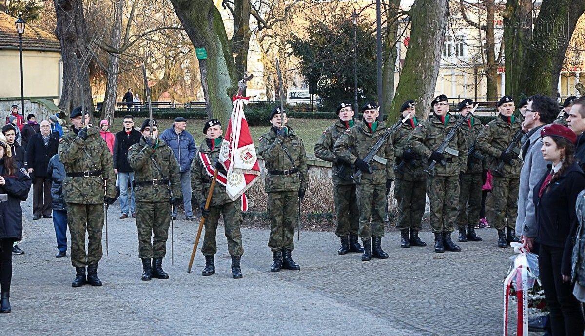 Uczcili pamięć Żołnierzy Niezłomnych z-index: 0