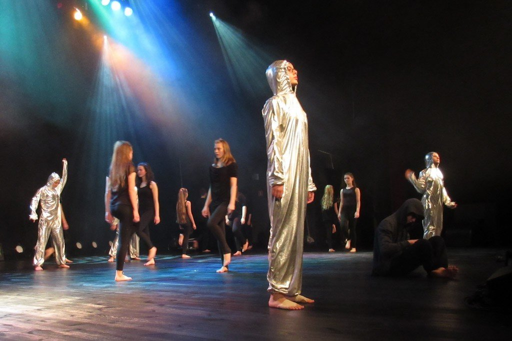 KAIROS – Wykorzystać czas, spektakl taneczny BOK-MCC z-index: 0