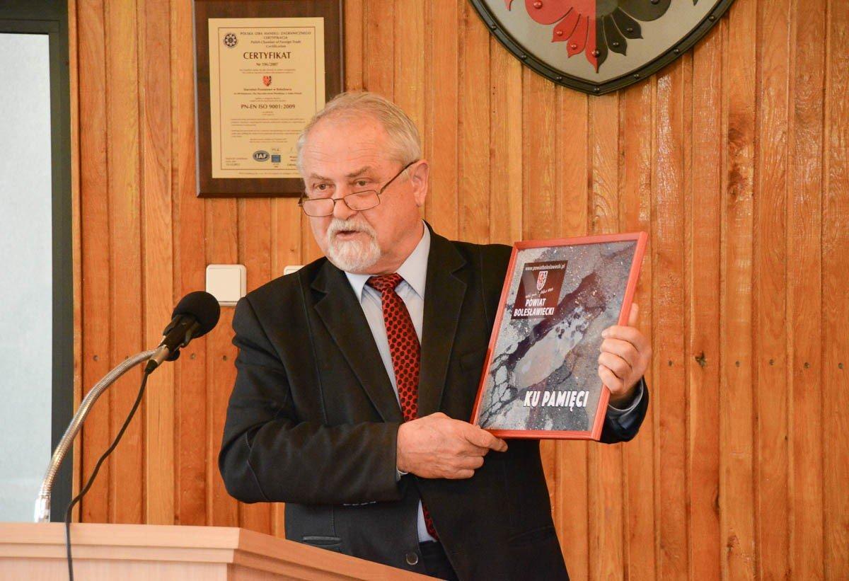 Szef Zarządu Dróg Powiatowych odchodzi na emeryturę