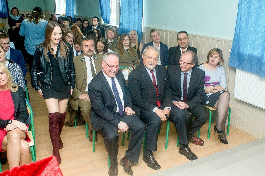 """Pożegnanie maturzystów z """"Budowlanki"""""""