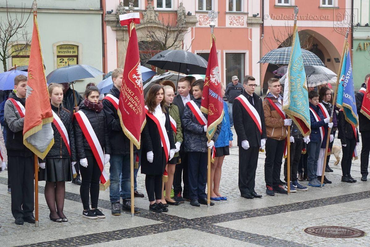 Święto Flagi na bolesławieckim Rynku z-index: 0