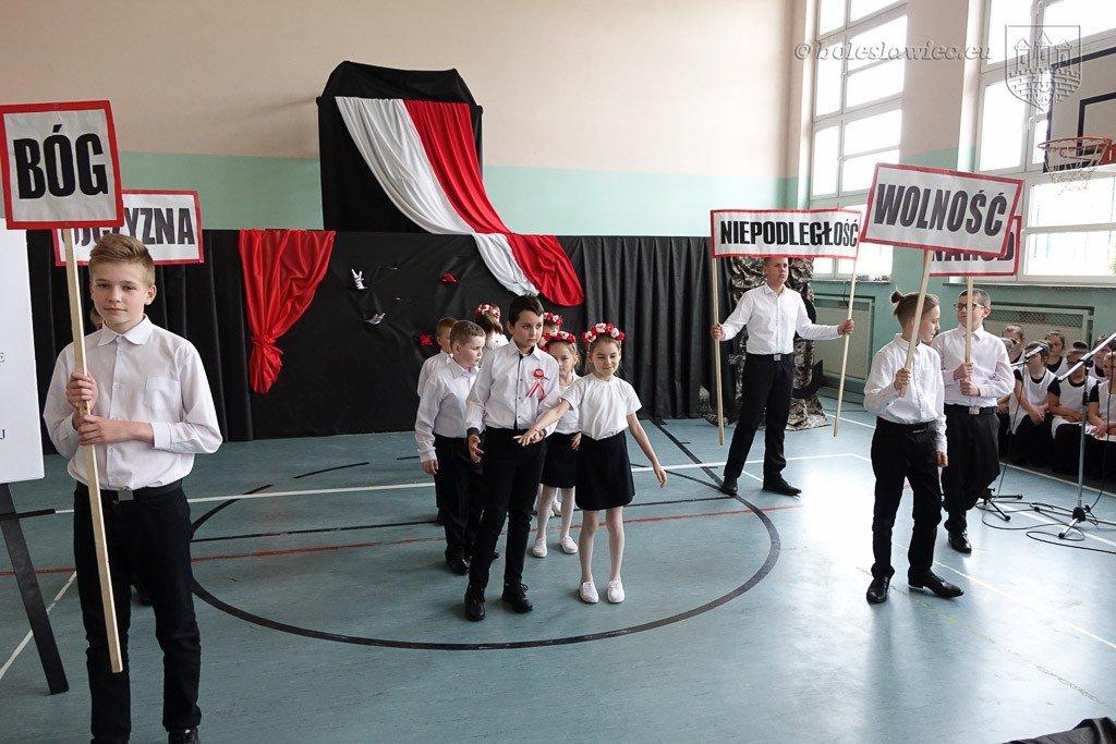 """Dwa jubileusze w """"trójce"""", szkole z pięknymi tradycjami"""
