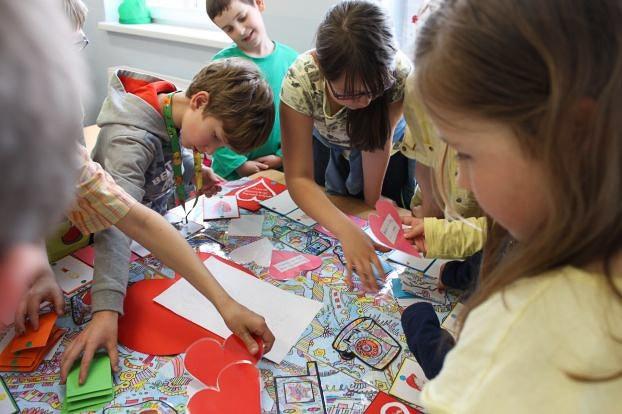 Ceramika Artystyczna wesprze dzieci z SP w Gierałtowie