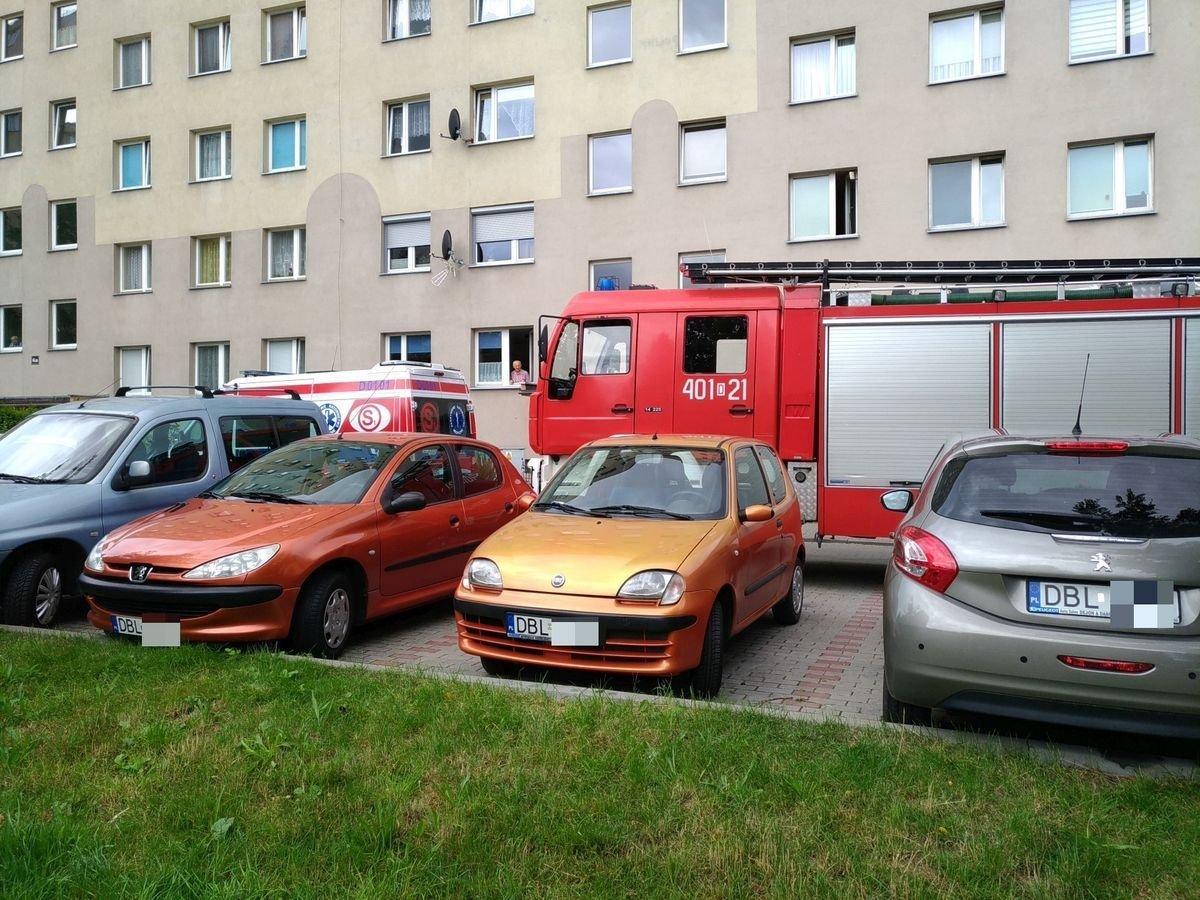 Akcja straży pożarnej w wieżowcu przy ulicy Staroszkolnej