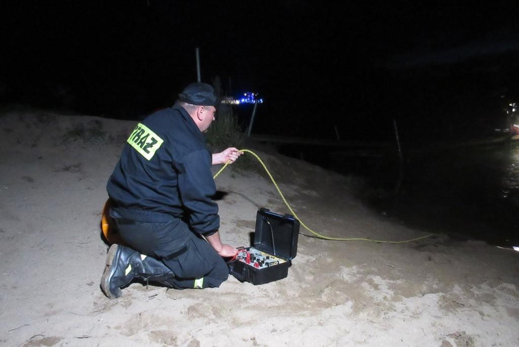 Ratownicy szukają topielca na Krępnicy koło Bolesławca