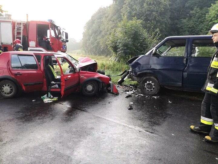 Kierowca Golfa zginął w wypadku w Żeliszowie