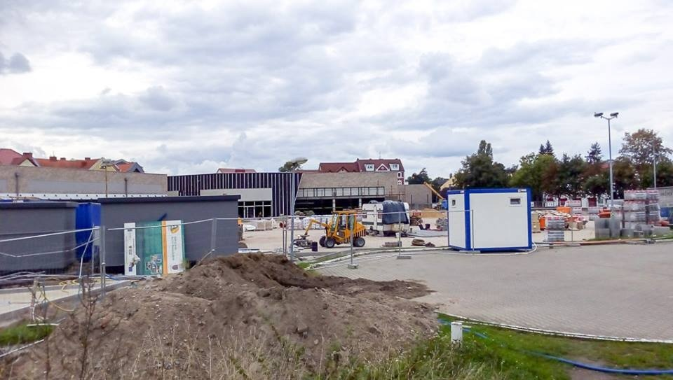Budowa parku handlowego na dworcu PKS