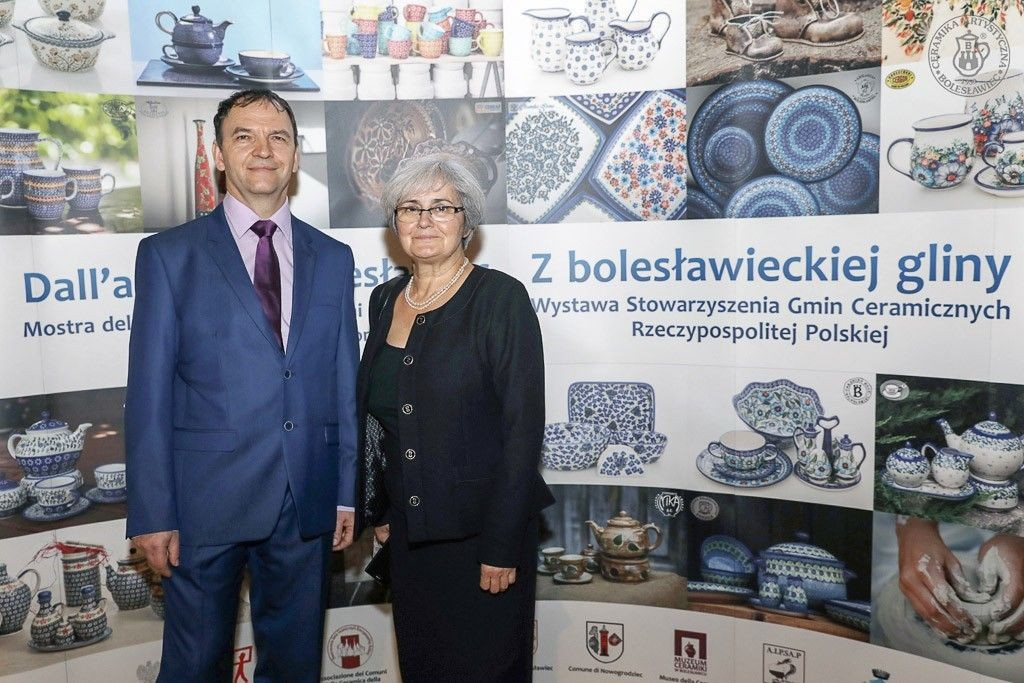 """Wystawa """"Z bolesławieckiej gliny..."""" – produkty Ceramiki Artystycznej we Włoszech"""