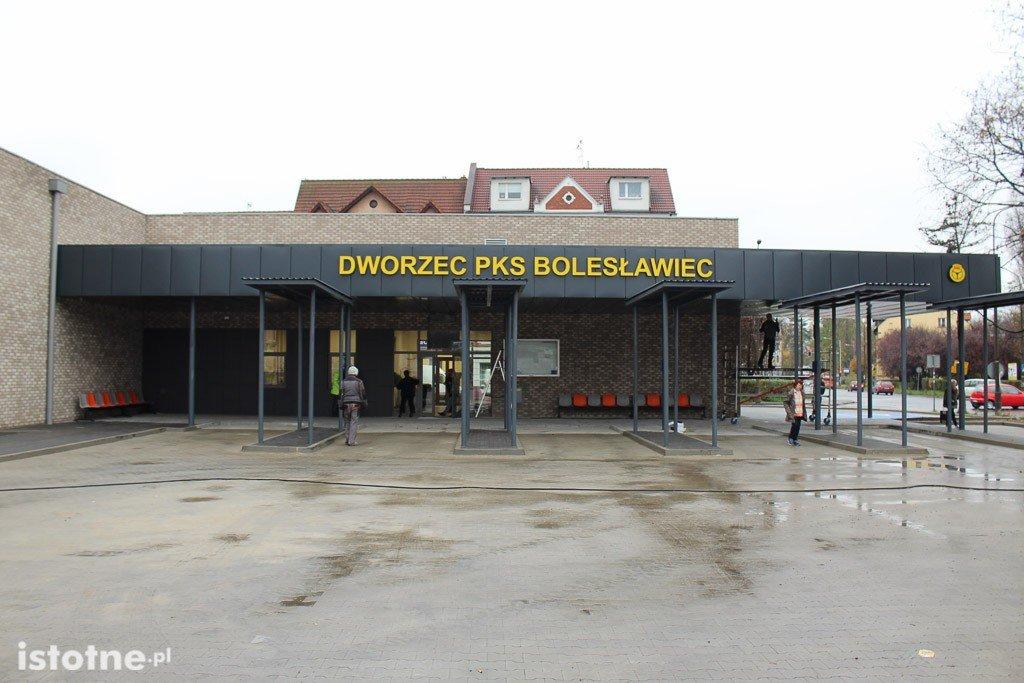 Ostatnie przygotowania do otwarcia dworca PKS